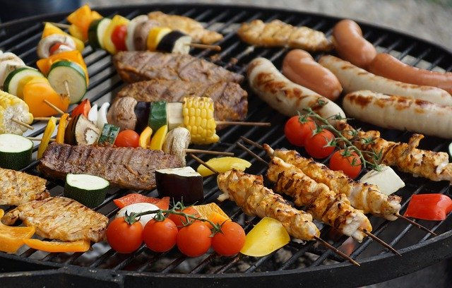Comment organiser un bon plan de barbecue pendant les vacances?