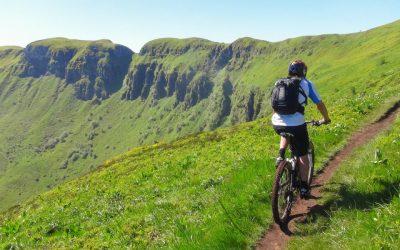 Découvrir le Cantal à vélo : Les plus belles balades